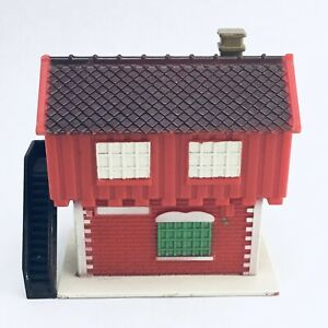 "VINTAGE Red Station Model Train Railroad House Plastic 3.5"" Tall S Scale Model"