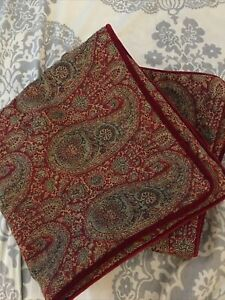 Pair Of Pottery Barn 18x18 Linen Cotton Square Paisley Throw Pillow Covers