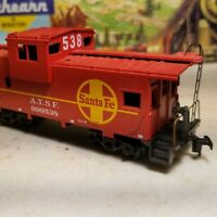 HO Athearn Santa Fe wide vision caboose,  for train set, 538 nos