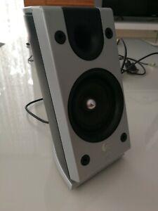 Logitech Z-2300 Thx Lautsprecher links