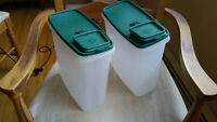 Vintage Tupperware 20 Cup Super Cereal Keeper #1588 w/ Green Lid #1589 Lot of 2