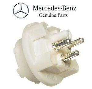 For Mercedes 300D 300E Turn Signal Light Side of Headlight Bulb Socket Genuine