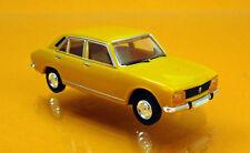 Brekina 29115 Peugeot 504 Limousine -  orangegelb