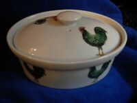 BIA Cordon Bleu Covered Dish Rooster Chickens Ceramic 9""