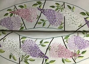 EXQUISITE VINTAGE LINEN HAND EMBROIDERED TABLECLOTH~BEAUTIFUL LILAC BLOSSOMS