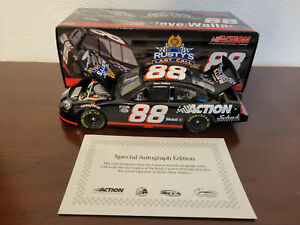 Signed Steve Wallace 2005 Rusty's Last Call #88 Scheck In. Action 1:24 Diecast