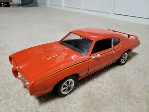 1969 Pontiac GTO The Judge 1:18 scale diecast model