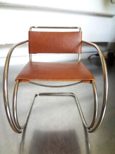Vitra Design Museum MR20 Ludwig Mies van der Rohe Miniature Cantilever Chair