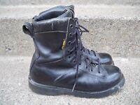 Danner Boots: Men's Pursuit Black 200 Gram Insulated Waterproof Military Boots 7