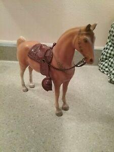 vintage * hard plastic palomino horse figure * with saddle