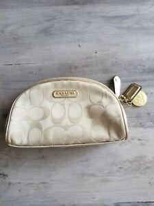 Coach Signature C Jacquard Limited Edition Estee Lauder Cosmetic Bag No. B903