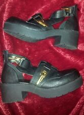 BLACK CHUNKY PLATFORM OPEN SIDE GOLD COLOUR CLIP SHOES FROM RIVER ISLAND SIZE 6