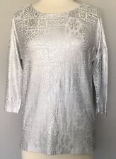 NWT Chico's Tiled Mosaic Stretch Jersey Knit Bailey Top Silver Foil White 1 M 8