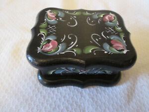Rosemaled painted black wood small box and lid Norwegian Painting Rosemaling
