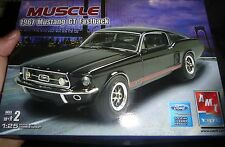 AMT 1967 FORD MUSTANG 289 FASTBACK 1/25 MODEL CAR MOUNTAIN OPEN