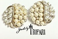 VTG 1952 PHILIPPE CROWN TRIFARI (Signed) Pearl & Rhinestone EARRINGS PAT PEND