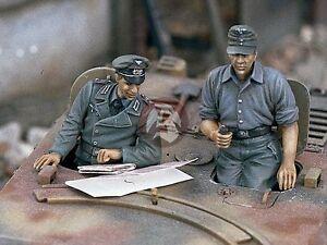 Verlinden 1/35 StuG German Assault Gun WWII Crew (2 Half-figures) [Resin] 978