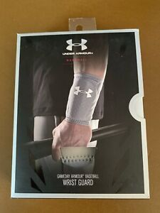 Mens Under Armour Baseball Gameday ARMOUR Wrist Guard S/M White Reversible