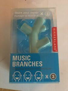 Music Branches Share Music With 3 People. 3 Headphone Jack Splitter