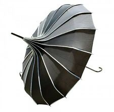 "Fashionable, Race Day ""Eliza"" Umbrella, in various colours. [Colour: Black],LaVi"