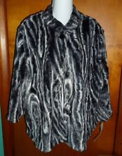 Alfred Dunner Black Gray Plush Faux Fur Jacket 18P NWT