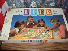 Vintage 1981 THE GAME OF LIFE Family BOARD GAME AGES  9 UP  TWO TO 8 PLAYERS