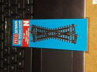 N Gauge Peco ST-50 Right Hand Short Crossing track for model railway layout