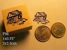 P96 Small pirate's treasure chest rubber stamp