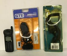 Qualcomm QCP-2760 Cell Phone,Battery,Wall Charger & Car Charger Works.