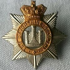 VICTORIAN The Devonshire Devon Regiment Cap Badge Queen Victoria Crown BOER WAR