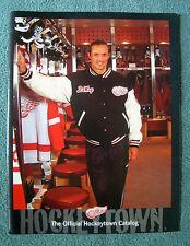 OFFICIAL 2002-2003 DETROIT RED WINGS HOCKEYTOWN CATALOG ~ STEVE YZERMAN ~ EXC