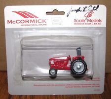 McCormick IH C100 Tractor 1/64 Scale Models Toy 2002 Farm Show SIGNED by ERTL