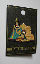 pin's Hard Rock Café Egypte / Pyramide et cléopatre (limited edition 2015)