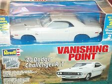 "REVELL 1970 DODGE CHALLENGER MODEL KIT 1/25 ""VANISHING POINT"" DIECAST"