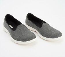 Skechers Women's Go Walk Lite Amore Slip-On Skimmer Shoe Size 10 Black/White