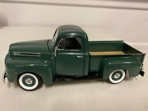 1/18 ROAD LEGENDS 1948 FORD F-100 PICKUP TRUCK GREEN NICE DETAIL