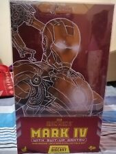 hot toys mark 4 diecast with suit up gantry