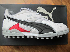 PUMA Sheffield Cricket Shoes Boots Astros 1-5 Jnr White Black Red Bowling Field