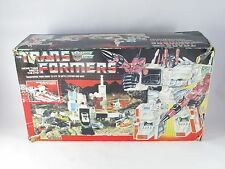 Transformers G1 Metroplex Boxed Complete Great Condition
