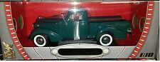 1937 Studebaker Express Pickup Truck Diecast 1:18 Road Signature 10 inch Green