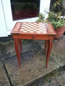 Small Chess Table