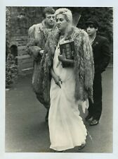 Gary Holton Funeral Photo 1985 - Girlfriend Arriving