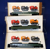 Lot of Skid Flat Cars w/ Tractor Loads / Vintage Tyco HO Scale Cars 1A
