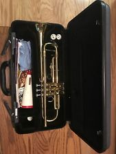 Yamaha Trumpet YTR200AD, comes with two mouth pieces. In excellent condition.