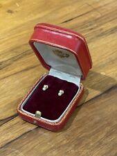 Jolie Paire de Puces d'Oreilles - Or Jaune 18 Carats, Perles et Pierres Blanches