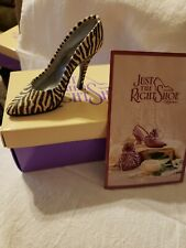 Collectible Just The Right Shoe By Raine Serengeti New In Box #25025 1999