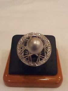 18k White Gold Ring with Rose European cut Diamonds and South Sea Pearl