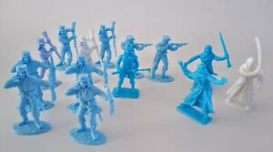 TIMPO TOYS French Foreign Legion Bedouins 14 Pieces Unpainted 54mm 1/32 Scale