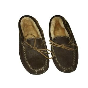 Men's size 9 Minnetonka leather sheep brown shoes slippers 21-2605
