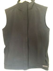 Lovely black Women's Gelert waterproof sleeveless gilett / sleeveless jacket